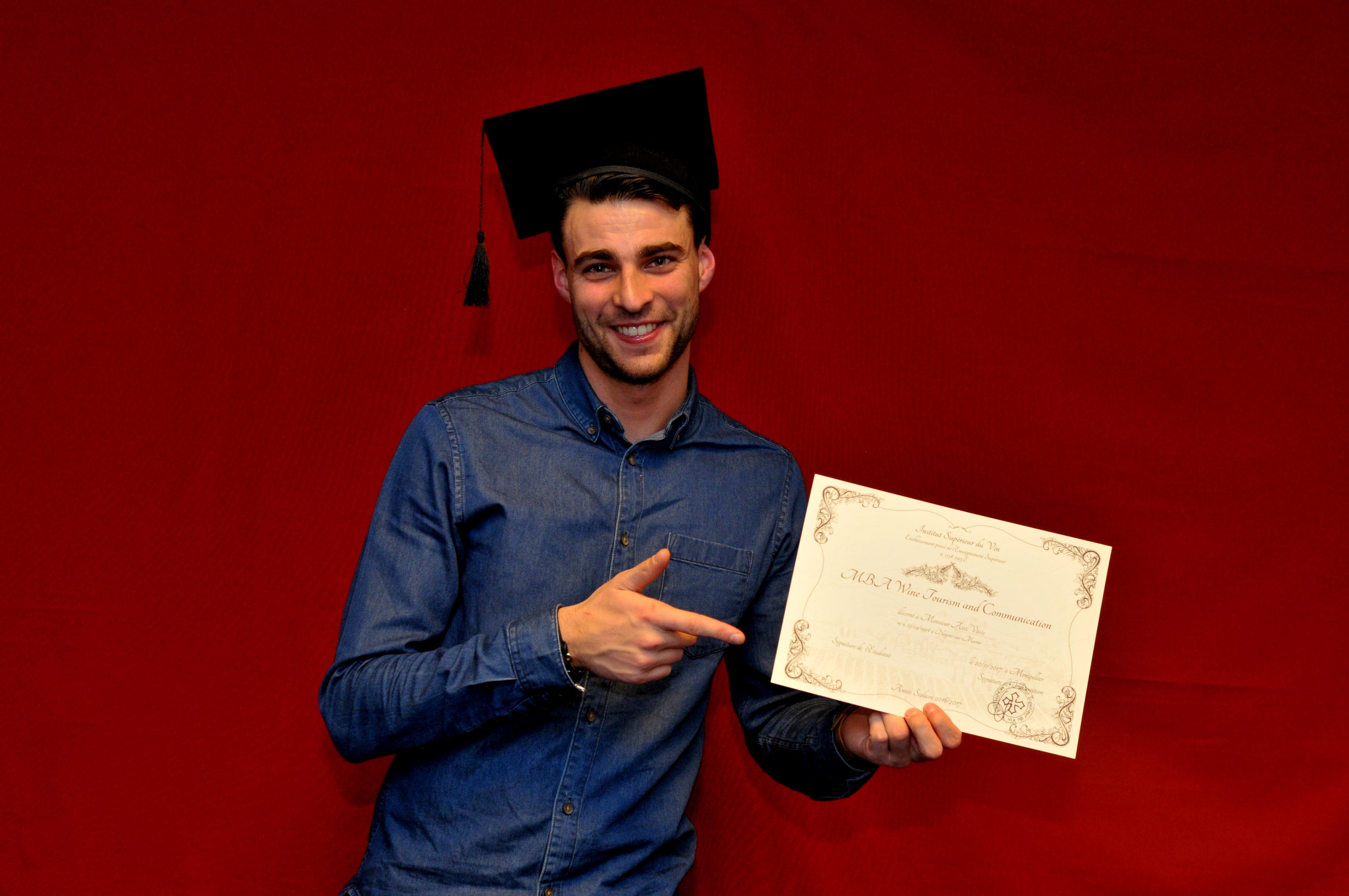 Remise des diplomes124